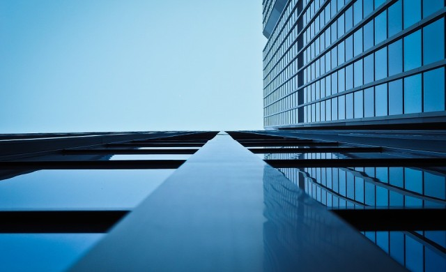 2017: година на големи сделки с офис сгради и търговски центрове