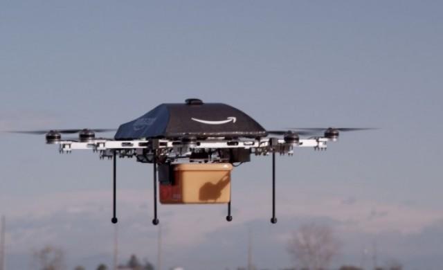 Amazon осъществи първа доставка с дрон