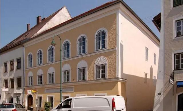 Австрия конфискува родната къща на Хитлер, обмисля да я разруши