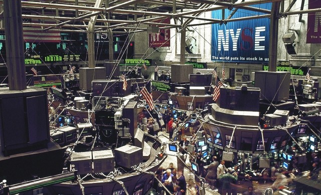 Dow Jones се отдалечи от 20 000 пункта