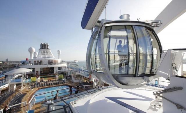 На борда на най-невероятния круизен кораб в света
