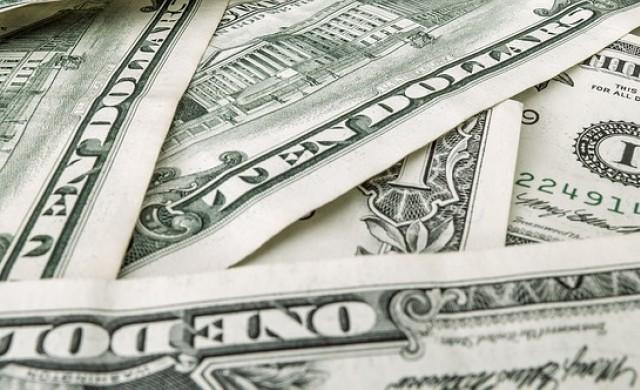 Доларът поскъпва на фона на напредъка около данъчната реформа