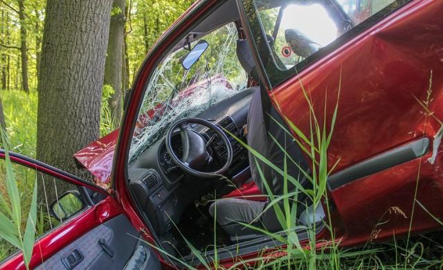Шофьор, блъснал кола, изпрати пари на собственика й след 30 г.