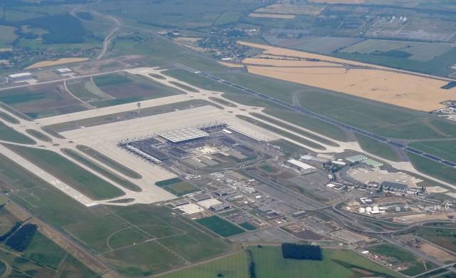 Германското летище, което погълна 7 млрд. долара, и още не работи