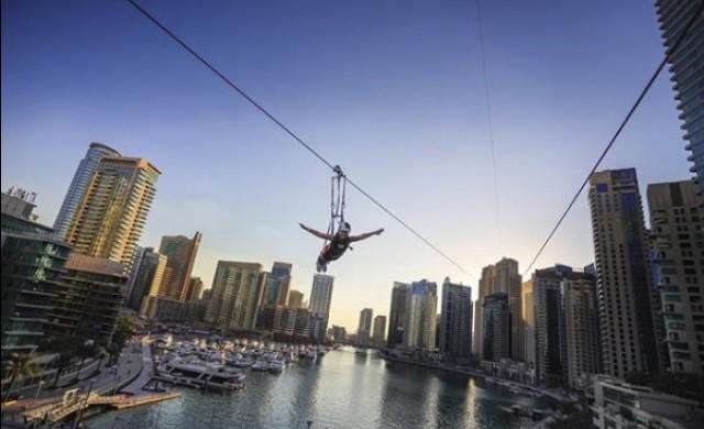 Полет с 80 км/ч между небостъргачи: новата въжена линия на Дубай