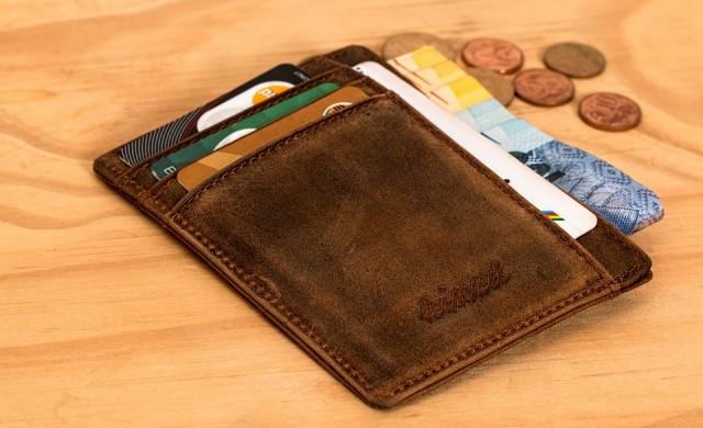 Мъж намери портфейла си пълен, 10 години след като го загуби