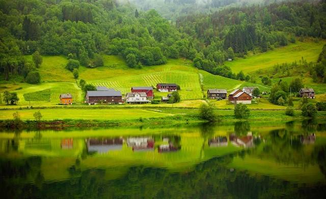 Защо трима от най-младите милионери в света са норвежци?