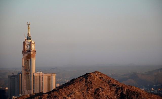 Саудитска Арабия стимулира икономиката си с 19 млрд. долара