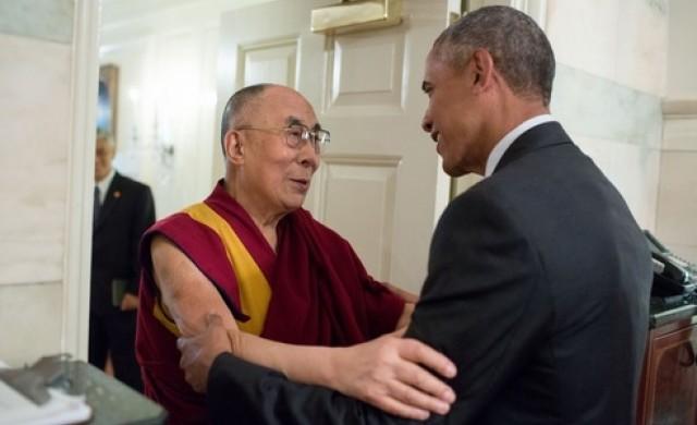 Далай Лама се технологизира, пуска безплатно приложение за iPhone