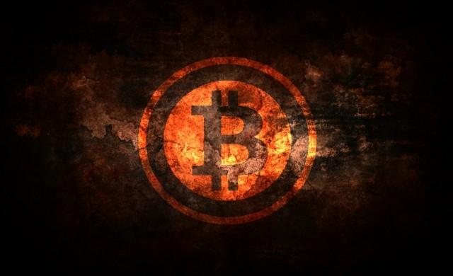 Биткойн поевтиня с 26% за ден, пазарът на криптовалути на червено