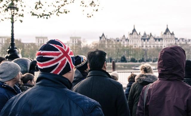 Топ 10 коледно – политически шеги във Великобритания