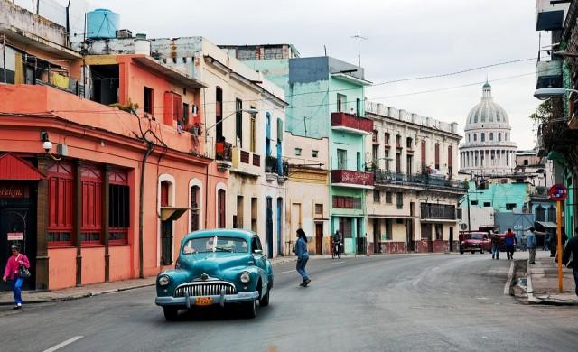 Пускат 3G интернет в Куба, но има ли кой да си го позволи?