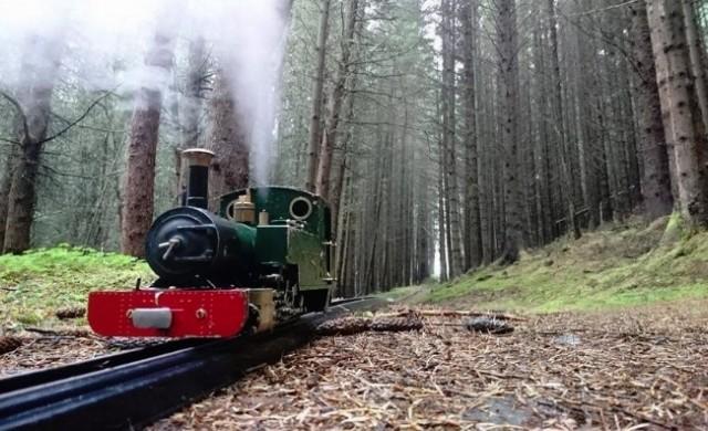 Влак-играчка пътува 114 км през Шотландските планини