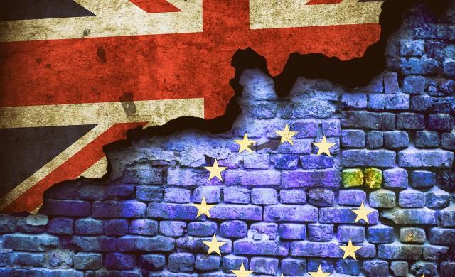 Брексит удари британските банки още преди да се е случил