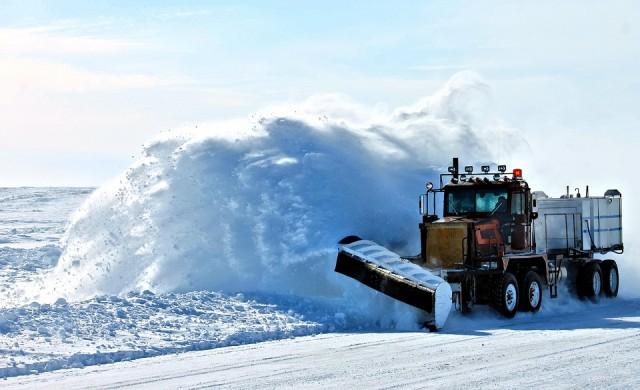 Над 1800 машини да чистят снега по пътищата на страната