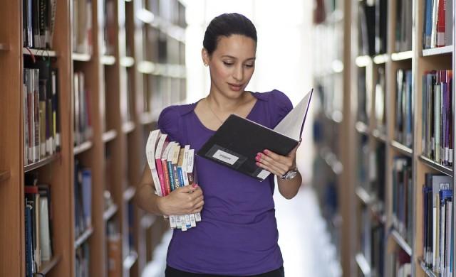 АУБ с 3 първи и 2 втори места в рейтинга на родните висши училища