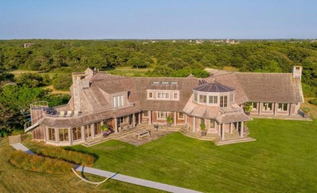 Обама си купиха имение за 11.75 млн. долара