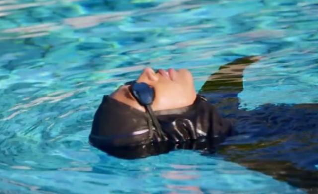 Nike пуска специален хиджаб за плуване