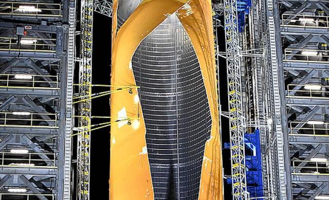 НАСА взриви най-големия резервоар за ракетно гориво в света