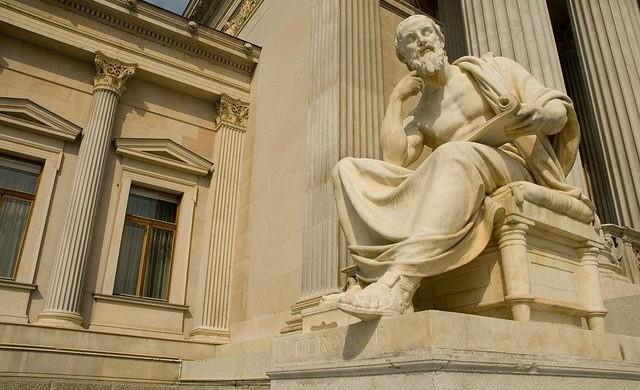 10 мъдри мисли, които ни оставиха милионери, напуснали този свят