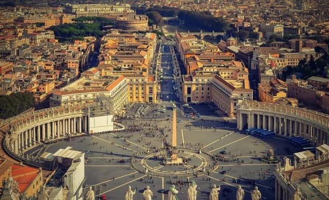 Ватиканът използва дарения за запълване на бюджетния си дефицит