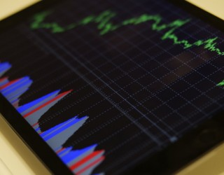 Опасността от удължаване на търговската война обезценява акциите