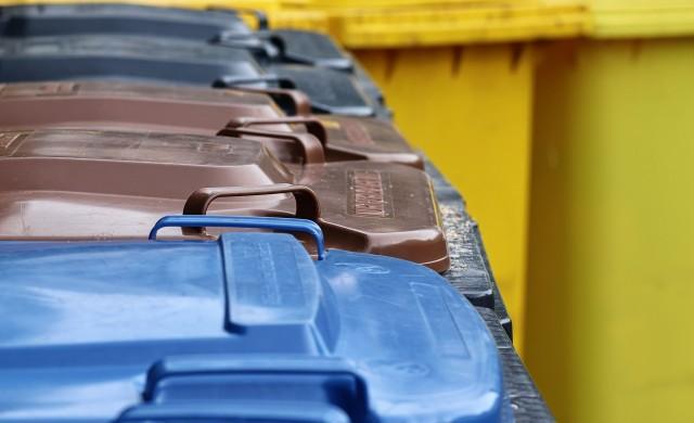 Защо McDonald's слага камери в някои от контейнерите си за боклук